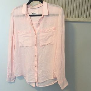 Holding Horses Size Small button up top pink